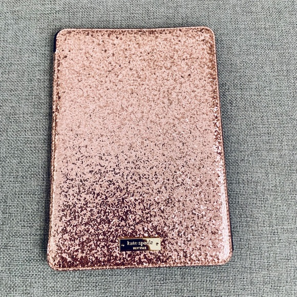 more photos 3fa44 a8f51 iPad Pro 9.7 inch case